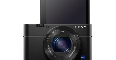 sony-rx100-iv-front-lcd-up