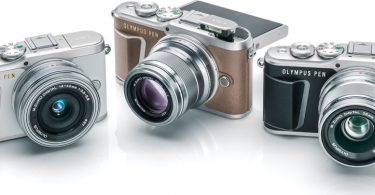 Olympus PEN E-PL9 (left to right): Pearl White, Honey Brown, Onyx Black
