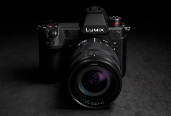 Panasonic Develops LUMIX S1H Full-Frame Mirrorless Camera With 6K Cinema-Quality Video and World's First Video Recording at 6K/24p (3:2 Aspect Ratio), 5.9K/30p (16:9 Aspect Ratio) and 10-bit 60p 4K/C4K: Compact & Lightweight, Multiple Formats Including 4:3 Anamorphic Mode, V-Log/V-Gamut With a Wide Dynamic Range of 14+ Stops
