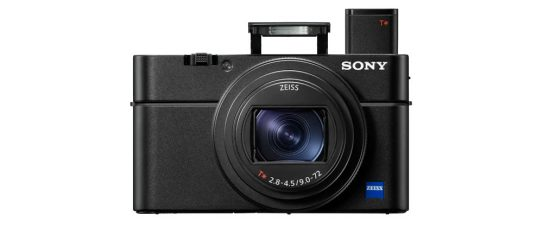 Sony RX100 VII Features 20.1 MP 1.0-inch Sensor, 24-200mm F2.8-4.5 8x Optical Zoom, 20 fps Continuous Shooting with AF/AE Tracking, Advanced Real-time Tracking and Real-time Eye AF, 4K Video
