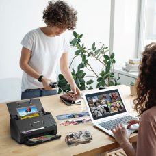 "Epson Canada  Presents  FastFoto FF-680W High Speed Photo Scanning System: ""Revisit your family history with Epson this Family Day"""